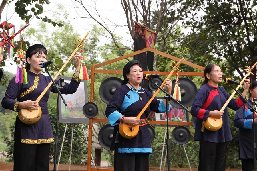 Trải nghiệm sinh hoạt văn hóa các dân tộc