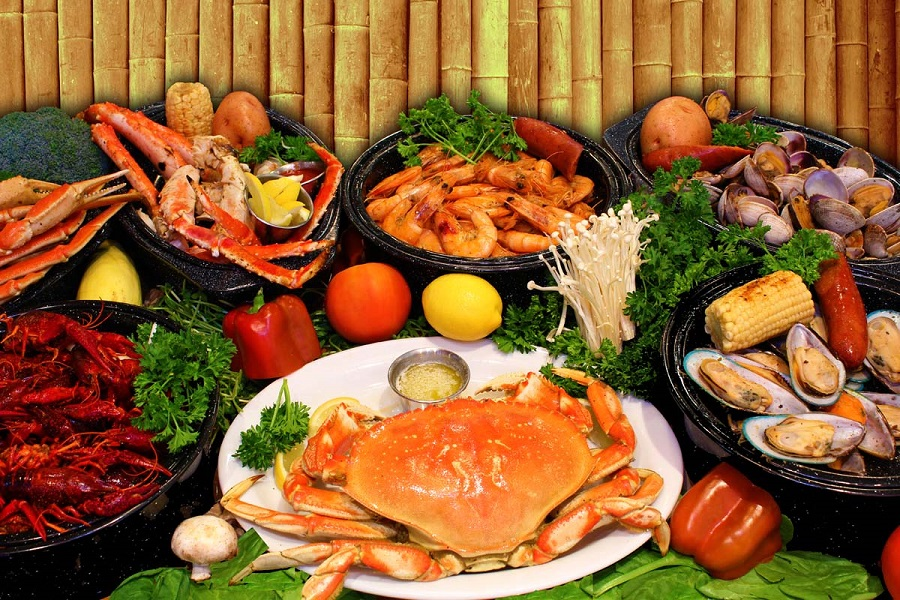 Đừng quên thưởng thức hải sản Đà Nẵng khi du lịch nơi đây