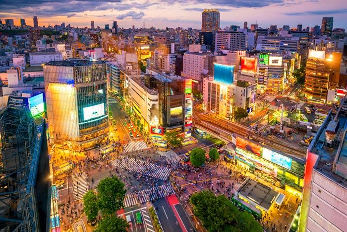 Khám phá khu phố nhộn nhịp, tấp nập tại Nhật Bản