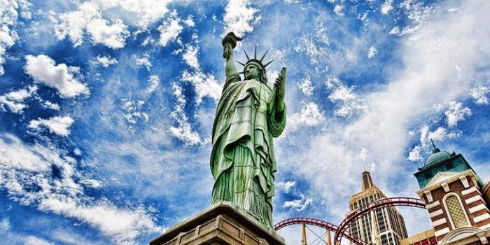 Biển tượng nữ thần tự do đặt ở vị trí hiên ngang